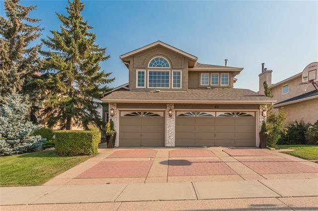 40 Country Hills Close NW, Calgary, AB T3K 3Y9 (#C4204980) :: The Cliff Stevenson Group