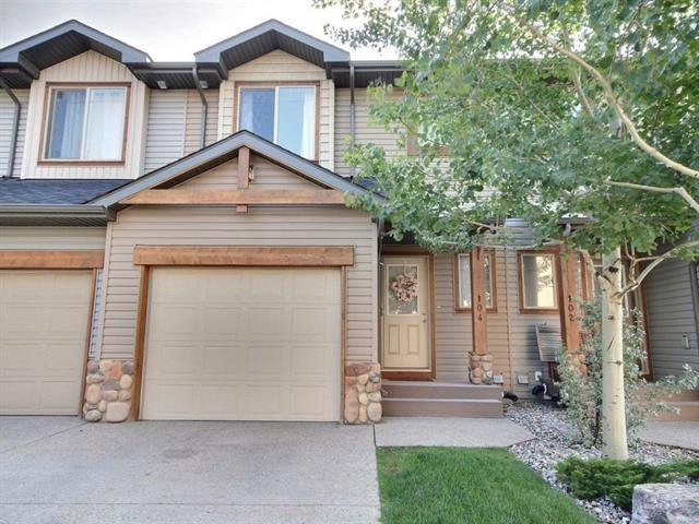 413 River Avenue #104, Cochrane, AB T4C 0N9 (#C4205022) :: Redline Real Estate Group Inc