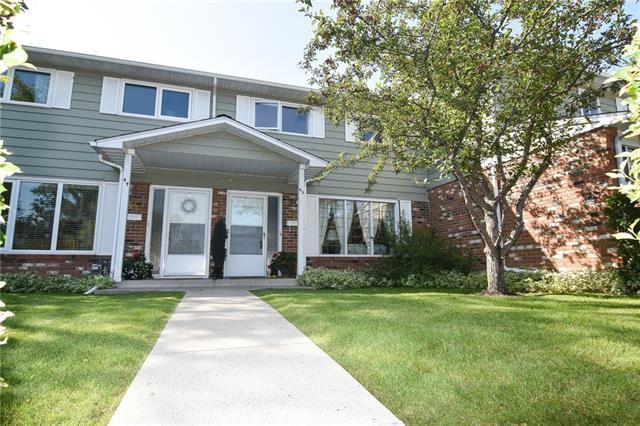 2815 Palliser Drive SW #45, Calgary, AB T2V 3S8 (#C4205054) :: Redline Real Estate Group Inc