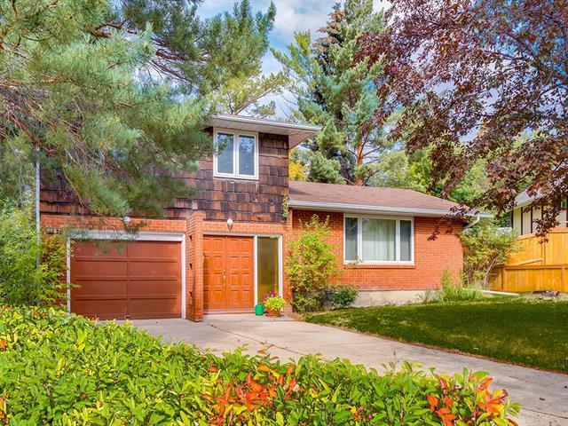 5203 Bannerman Drive NW, Calgary, AB T2L 1W1 (#C4205106) :: Redline Real Estate Group Inc