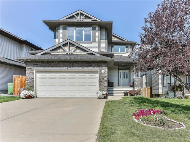119 Crestmont Drive SW, Calgary, AB T3B 5X9 (#C4205113) :: Redline Real Estate Group Inc