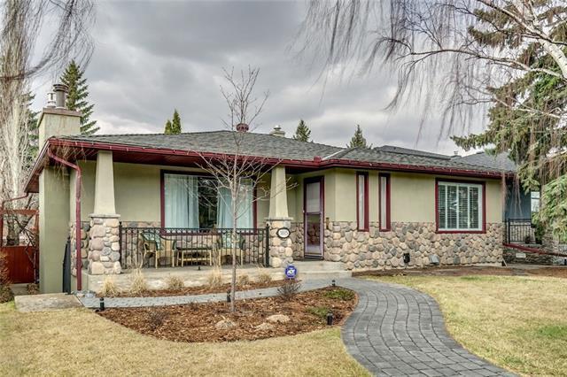 3815 11 Street SW, Calgary, AB T2T 3M5 (#C4205280) :: Canmore & Banff