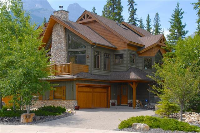 107 Krizan Bay, Canmore, AB T1W 3G3 (#C4205317) :: Canmore & Banff