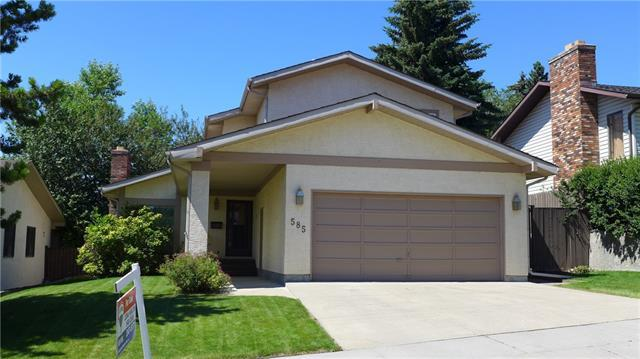 585 Silvergrove Drive NW, Calgary, AB T3B 4R9 (#C4205369) :: Redline Real Estate Group Inc