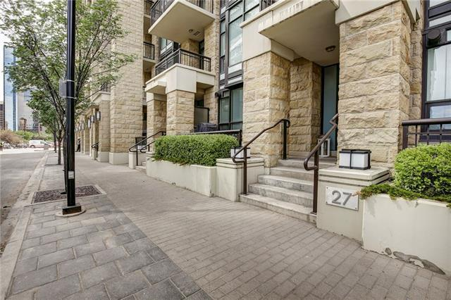 27 Waterfront Mews SW, Calgary, AB T2P 0X3 (#C4205433) :: Canmore & Banff