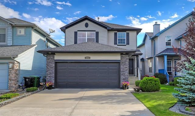 175 Royal Birkdale Crescent NW, Calgary, AB T3G 5R7 (#C4205440) :: The Cliff Stevenson Group