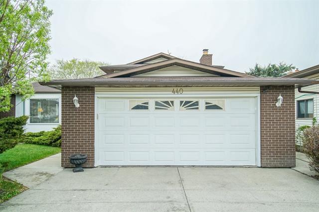 440 Templeby Place NE, Calgary, AB T1Y 5H3 (#C4205498) :: Redline Real Estate Group Inc
