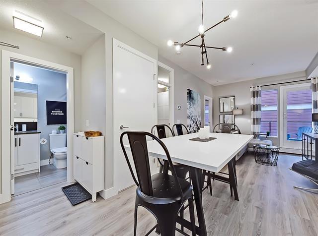 1521 26 Avenue SW #208, Calgary, AB T2T 1C4 (#C4205537) :: Redline Real Estate Group Inc