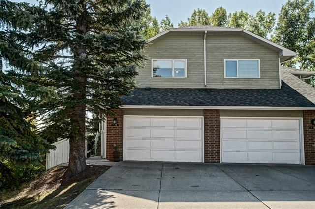 31 Stradwick Place SW, Calgary, AB T3H 1T3 (#C4205562) :: Canmore & Banff