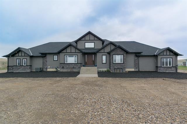 22 Stage Coach Meadow, Rural Rocky View County, AB T4A 0P2 (#C4205689) :: Calgary Homefinders