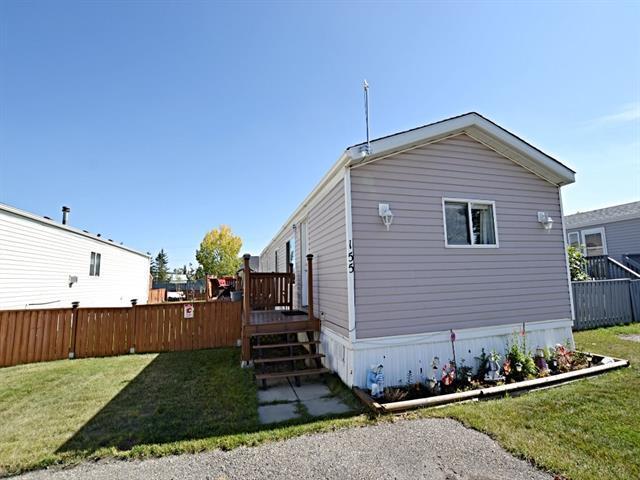 155 Heritage Drive, Okotoks, AB  (#C4205709) :: Calgary Homefinders
