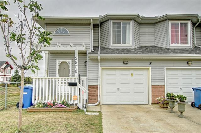 2508 80 Avenue SE, Calgary, AB T2C 5A2 (#C4205713) :: Redline Real Estate Group Inc