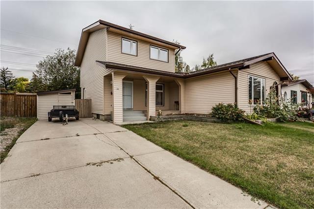 33 Deer Lane Road SE, Calgary, AB T2J 5S9 (#C4205757) :: Redline Real Estate Group Inc