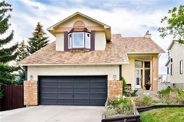 163 Hawkwood Drive NW, Calgary, AB T3G 3M9 (#C4205815) :: Redline Real Estate Group Inc