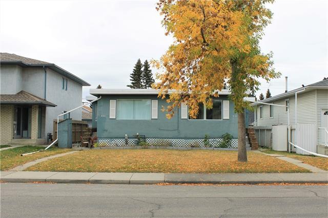 435 & 437 55 Avenue SW, Calgary, AB T2W 0X2 (#C4205820) :: Redline Real Estate Group Inc
