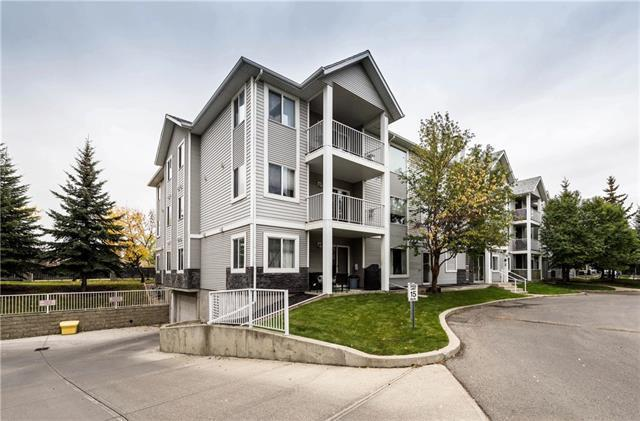 2301 Valleyview Park SE, Calgary, AB T2B 3R6 (#C4205876) :: Canmore & Banff