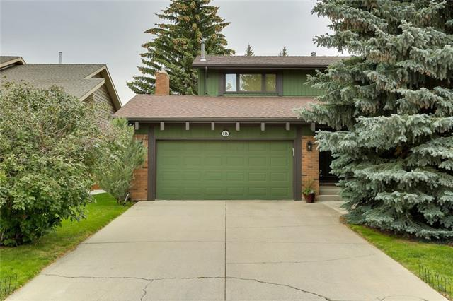 116 Canterville Drive SW, Calgary, AB T2W 3X2 (#C4205920) :: The Cliff Stevenson Group