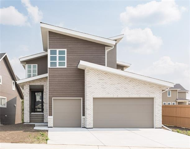 30 Rock Lake Heights NW, Calgary, AB T3G 0G1 (#C4205931) :: Redline Real Estate Group Inc