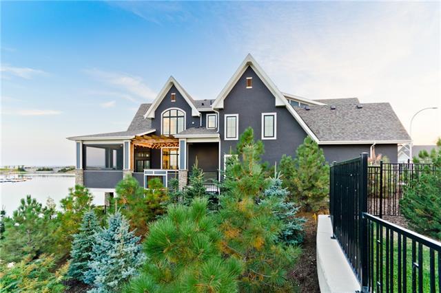 206 Marine Drive SE, Calgary, AB T3M 2S2 (#C4205940) :: Redline Real Estate Group Inc