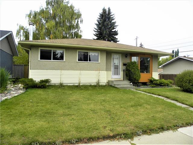 2103 Milne Drive NE, Calgary, AB T3E 6B7 (#C4205987) :: The Cliff Stevenson Group