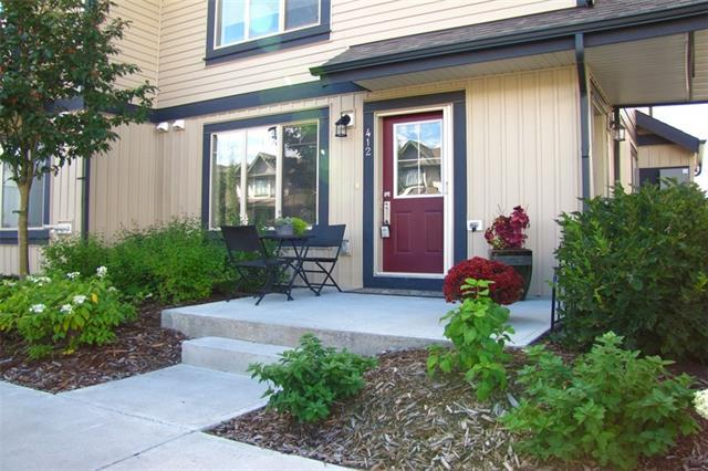 121 Copperpond Common SE #412, Calgary, AB T2Z 5B6 (#C4205992) :: Redline Real Estate Group Inc