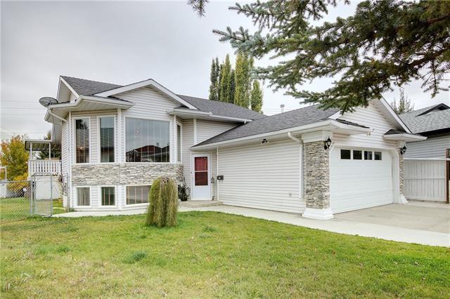 28 Applegrove Place SE, Calgary, AB T2A 7R5 (#C4206036) :: The Cliff Stevenson Group