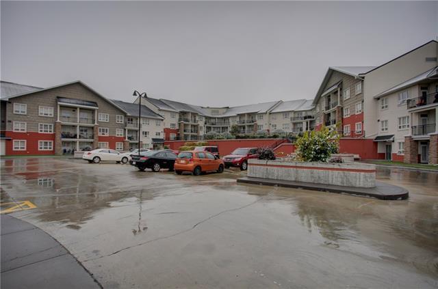 26 Val Gardena View SW #201, Calgary, AB T3H 5Z5 (#C4206045) :: The Cliff Stevenson Group