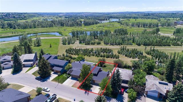 2315 Deer Side Drive SE, Calgary, AB T2J 5L7 (#C4206058) :: Redline Real Estate Group Inc