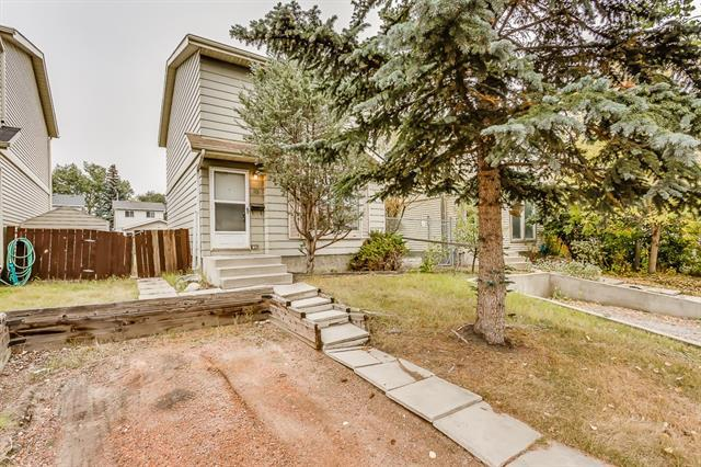 19 Erin Woods Place SE, Calgary, AB T2B 2W5 (#C4206071) :: Calgary Homefinders