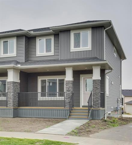 149 Ravenstern Crescent, Airdrie, AB T4A 0W3 (#C4206120) :: Canmore & Banff