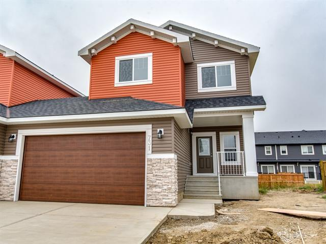 731 Edgefield Crescent, Strathmore, AB T1P 0G1 (#C4206130) :: Redline Real Estate Group Inc