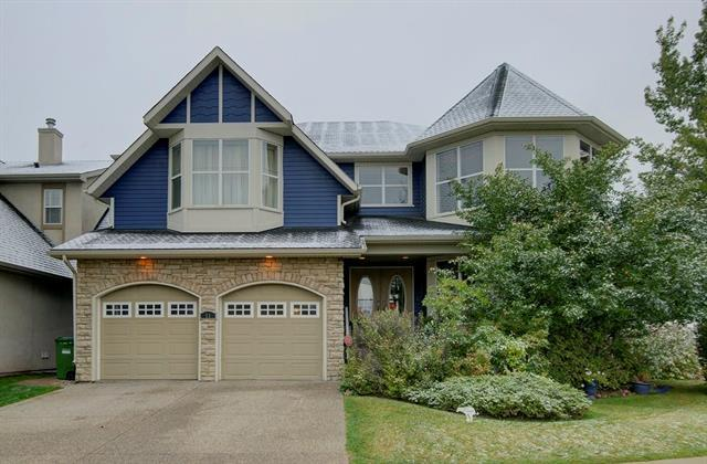 11 Discovery Drive SW, Calgary, AB T3H 4N5 (#C4206195) :: The Cliff Stevenson Group