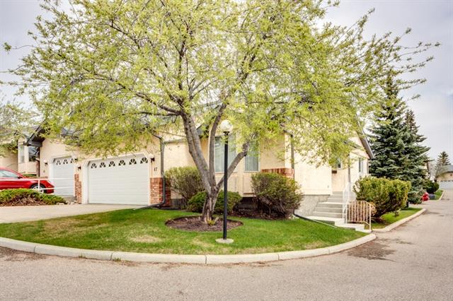 47 Edenwold Green NW, Calgary, AB T3A 5B8 (#C4206353) :: The Cliff Stevenson Group