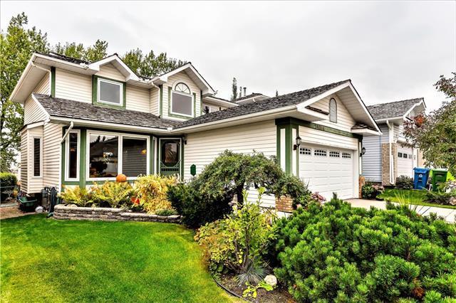 14314 Evergreen Street SW, Calgary, AB T2Y 2W9 (#C4206417) :: Your Calgary Real Estate