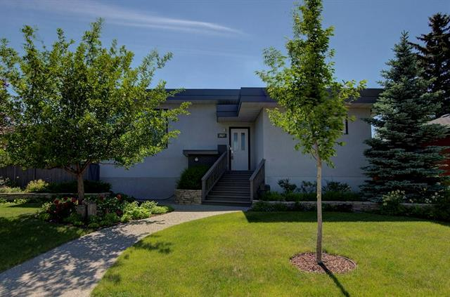 3527 Spruce Drive SW, Calgary, AB T3C 3A5 (#C4206418) :: Redline Real Estate Group Inc