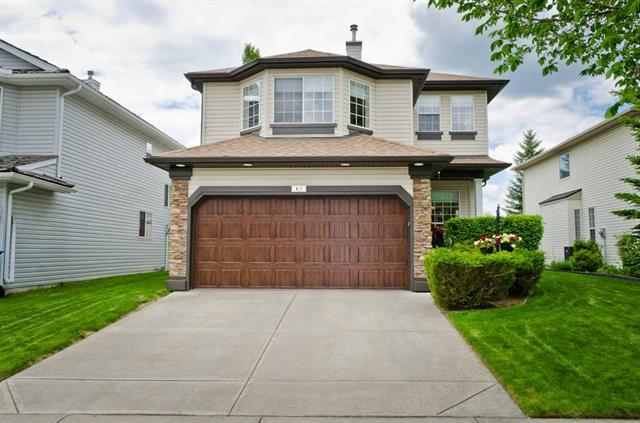 15 Valley Brook Circle NW, Calgary, AB T3B 5S4 (#C4206476) :: Redline Real Estate Group Inc