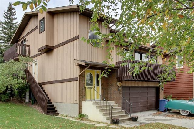 39 Strathcona Place SW, Calgary, AB T3H 1L4 (#C4206514) :: Canmore & Banff