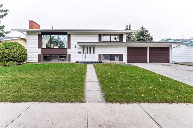 352 Willow Park Drive SE, Calgary, AB T2J 0K9 (#C4206526) :: Redline Real Estate Group Inc