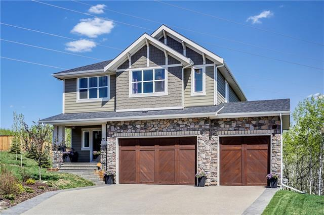 70 Ascot Crescent SW, Calgary, AB T3H 0V1 (#C4206557) :: Canmore & Banff