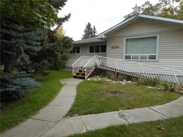 2414 Pinewood Drive SE, Calgary, AB T2B 1S4 (#C4206631) :: Canmore & Banff