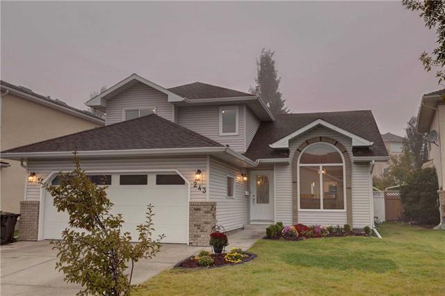 243 Hawkstone Close NW, Calgary, AB T3G 3P2 (#C4206694) :: Redline Real Estate Group Inc