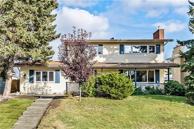 10816 Maplebend Drive SE, Calgary, AB T2J 1X5 (#C4206830) :: Redline Real Estate Group Inc