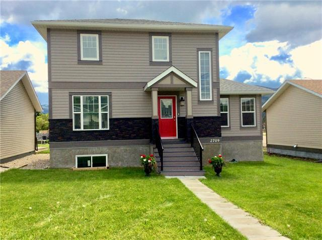 2709 226 Street, Crowsnest Pass, AB T0K 0C0 (#C4207995) :: Your Calgary Real Estate