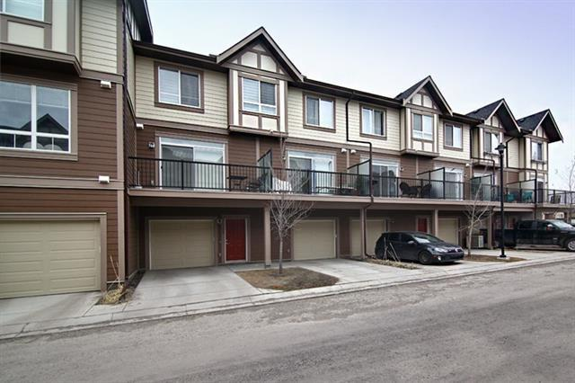 109 Sherwood Lane NW, Calgary, AB T3R 0V3 (#C4208008) :: The Cliff Stevenson Group