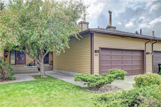 227 Edgemont Estates Drive NW, Calgary, AB T2A 2M4 (#C4208014) :: The Cliff Stevenson Group