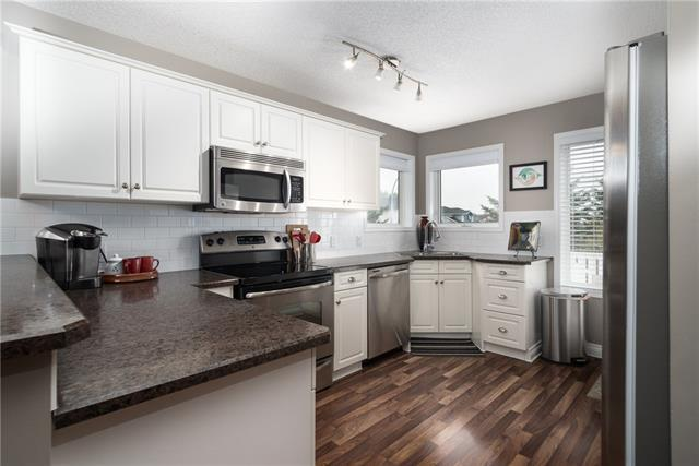 400 Woodside Circle NW, Airdrie, AB T4B 2J8 (#C4208073) :: Redline Real Estate Group Inc