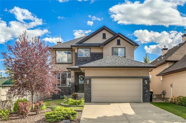 29 Evercreek Bluffs Crescent SW, Calgary, AB T2Y 4P3 (#C4208135) :: Redline Real Estate Group Inc