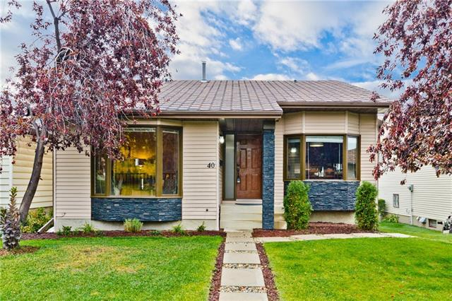 40 Bermondsey Road NW, Calgary, AB T3K 1V3 (#C4208172) :: Redline Real Estate Group Inc