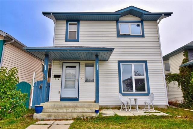 48 Applemont Close SE, Calgary, AB T2A 7S1 (#C4208215) :: Redline Real Estate Group Inc