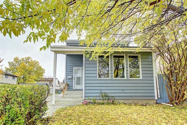 111 Pinemill Mews NE, Calgary, AB T1Y 4R6 (#C4208453) :: Calgary Homefinders